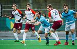 ALMERE - Hockey - Hoofdklasse competitie heren. ALMERE-HGC (0-1) . Willem Rath (HGC) tussen Deegan Huisman (Almere) en Daan Hoepman (Almere)   COPYRIGHT KOEN SUYK