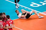 16.09.2019, Lotto Arena, Antwerpen<br />Volleyball, Europameisterschaft, Deutschland (GER) vs. …sterreich / Oesterreich (AUT)<br /><br />Anton Brehme (#12 GER) verletzt / Verletzung<br /><br />  Foto © nordphoto / Kurth