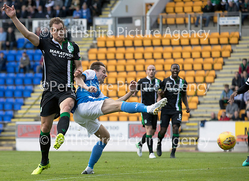 St Johnstone v Hibs &hellip;09.09.17&hellip; McDiarmid Park&hellip; SPFL<br />Steven MacLean can&rsquo;t make good contact with this shot at goal<br />Picture by Graeme Hart.<br />Copyright Perthshire Picture Agency<br />Tel: 01738 623350  Mobile: 07990 594431