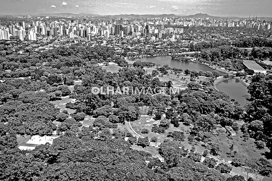 Aerea do Parque do Ibirapuera. São Paulo. 1985. Foto de Juca Martins.