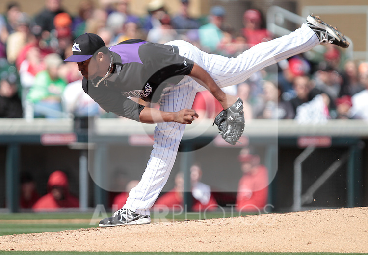 Juan nikasio pitcher  of Rockies    ,during   Colorado Rockies vs Arizona Diamondbacks, game of  Cactus league and Spring Trainig 2013..Salt River Fields stadium in Arizona. February 24, 2013