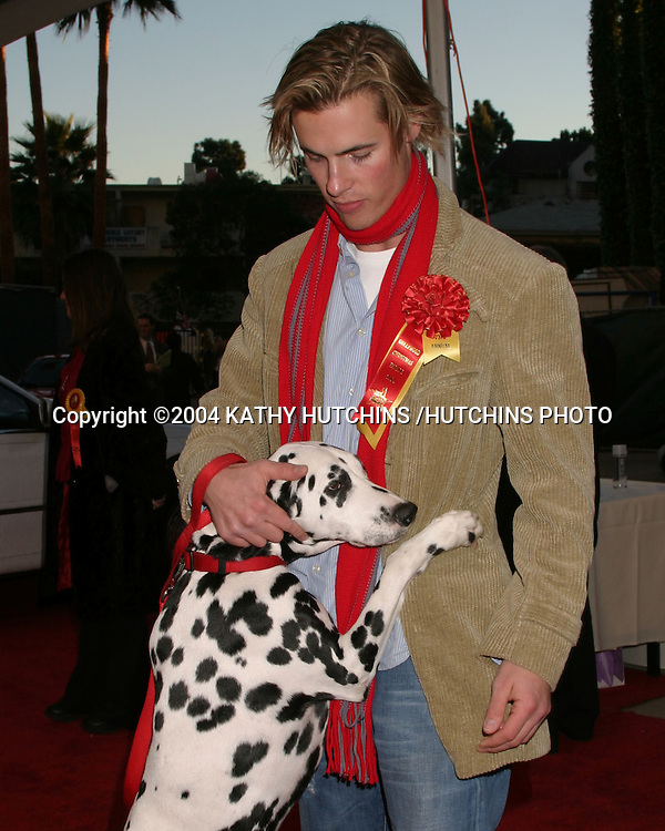 ©2004 KATHY HUTCHINS /HUTCHINS PHOTO.HOLLYWOOD CHRISTMAS PARADE.LOS ANGELES, CA.NOVEMBER 28,2004..ERIK VON DETTEN.HIS DOG MILES