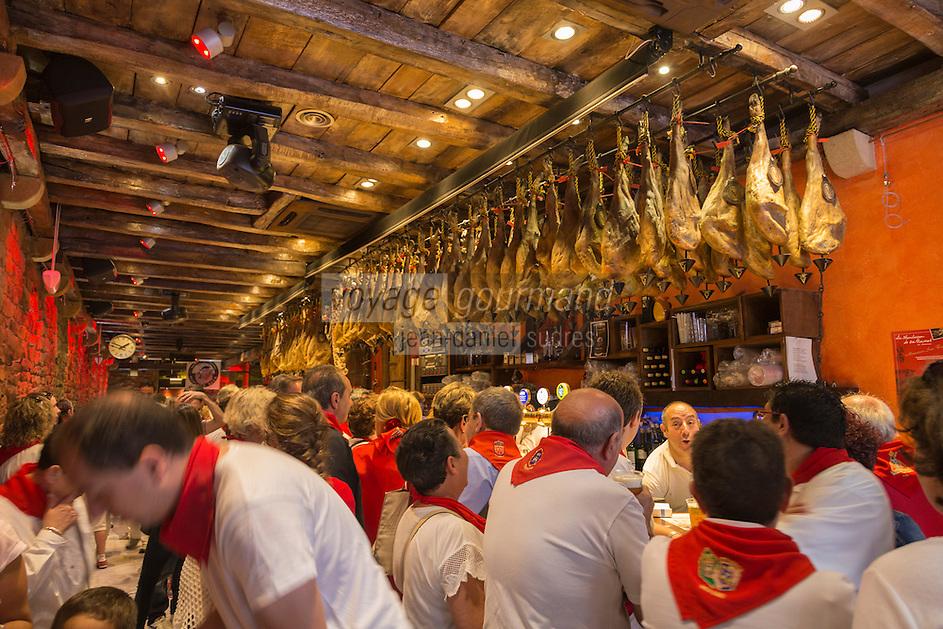 Espagne, Navarre, Pampelune: Fêtes de San Fermín , bar à tapas,  La Mandarra de la Ramos , San Nicolas 9 Bajo //  Spain, Navarre, Pamplona: Festival of San Fermín,  tapas bar,   La Mandarra de la Ramos , San Nicolas 9 Bajo