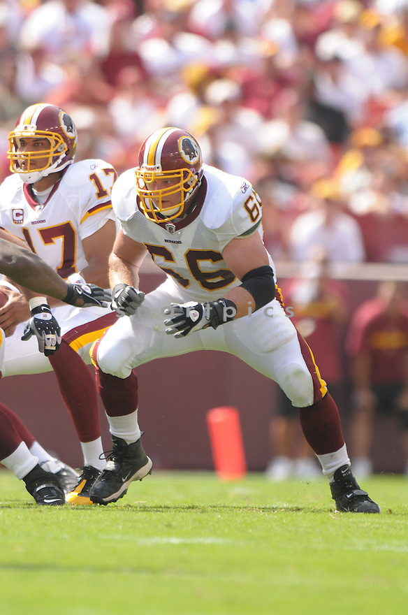 PETE KENDALL, of the Washington Redskins, in action during the Redskins game against the New Orleans Saints on September 14, 2008 in Washington DC...Redskins win 29-24..SportPics