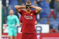 Edin Dzeko of AS Roma with a mask <br /> Genova 20-10-2019 Stadio Luigi Ferraris <br /> Football Serie A 2019/2020 Sampdoria - AS Roma <br /> Photo Gino Mancini / Insidefoto