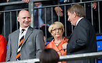 St Johnstone v Dundee United...27.08.11   SPL Week 5.Stephen Thompson talks with Geoff Brown.Picture by Graeme Hart..Copyright Perthshire Picture Agency.Tel: 01738 623350  Mobile: 07990 594431