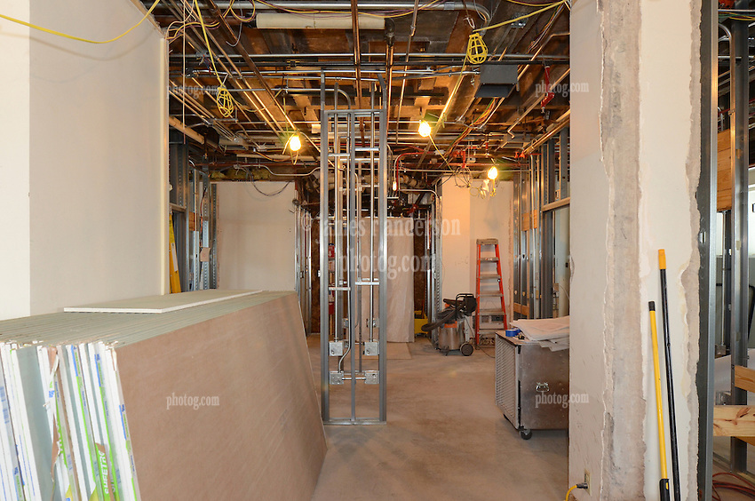 VA Medical Center West Haven ICU Step Down Expansion.VA Project No. 689-375   PAI Project No. 33656.00.Photographer: James R Anderson.Date of Photograph: 11 September 2012   Time: 2:17 PM   Image No.: 02.