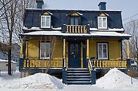 Amérique/Amérique du Nord/Canada/Québec/  Deschambault: Détail habitat en bois - Chemin du Roy