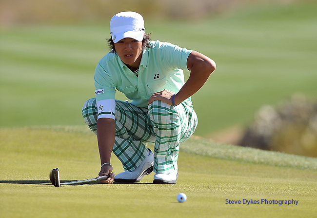 MARANA, AZ - FEBRUARY 23:  Ryo Ishikawa of Japan lines up his putt on the 1st hole during the first round match of the Accenture Match Play Championship at the Ritz-Carlton Golf Club at on February 23, 2011 in Marana, Arizona. (Photo by Steve Dykes/Getty Images) *** Local Caption *** Ryo Ishikawa