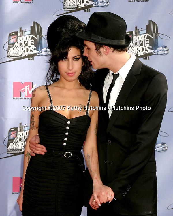 Amy Winehouse & husband.MTV MOVIE AWARDS 2007.Gibson Ampitheater @ Universal Studios.Los Angeles, CA.June 1, 2007.©2007 Kathy Hutchins / Hutchins Photo....
