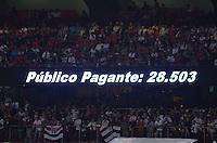 SÃO PAULO, SP, 18 DE SETEMBRO DE 2013 - CAMPEONATO BRASILEIRO - SÃO PAULO x ATLÉTICO MINEIRO: Publico durante partida São Paulo x Atlético Mineiro, válida pela 22ª rodada do Campeonato Brasileiro de 2013, disputada no estádio do Morumbi em São Paulo. FOTO: LEVI BIANCO - BRAZIL PHOTO PRESS.