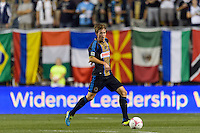 Brian Carroll (7) of the Philadelphia Union. The Philadelphia Union defeated Toronto FC 1-0 during a Major League Soccer (MLS) match at PPL Park in Chester, PA, on October 5, 2013.