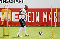 Jerome Boateng (Deutschland Germany) am Ball - 31.05.2018: Training der Deutschen Nationalmannschaft zur WM-Vorbereitung in der Sportzone Rungg in Eppan/Südtirol