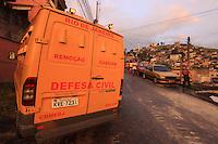 RIO DE  JANEIRO,8 DE  MAIO DE 2012- Dois  jovens foram  assassinados  na  tarde dessa terça-feira(8) no morro do Adeus, comunidade que faz  parte do  complexo do alemão, que  passou por  processo da  pacificação  a  pouco mais de  uma semana.<br /> Guto Maia  Brazil Photo Press
