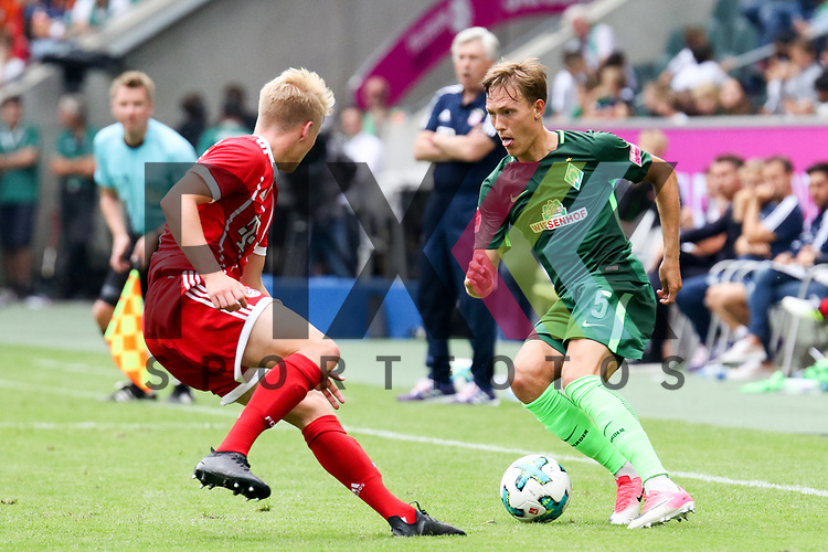 Bremens Ludwig Augustinsson (Nr.5) im Zweikampf beim Telekom Cup 2017 Bayern Muenchen - Werder Bremen.<br /> <br /> Foto &copy; PIX-Sportfotos *** Foto ist honorarpflichtig! *** Auf Anfrage in hoeherer Qualitaet/Aufloesung. Belegexemplar erbeten. Veroeffentlichung ausschliesslich fuer journalistisch-publizistische Zwecke. For editorial use only.