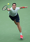 Milos Raonic (CAN) defeated John Isner (USA) 7-6, 7-6,