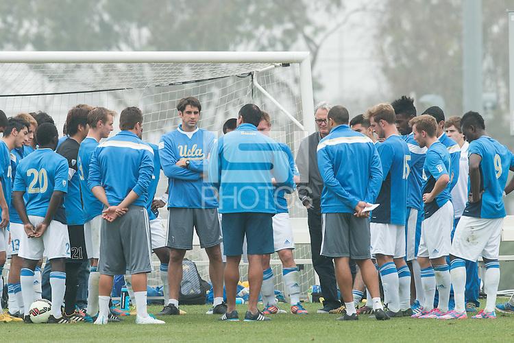 Carson, CA. - Tuesday, January 20, 2015: USMNT Training vs UCLA at StubHub Center.