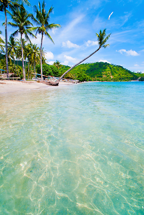 Crystal clear water at the tropical paradise of nippah for Best clear water beaches in the world