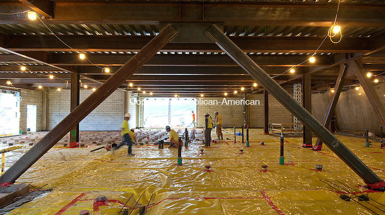 TORRINGTON, CT--- -102115JS04---Workers prepare the floor for a concrete pour as construction continues on the new Litchfield County Courthouse on Freight Street in Torrington on Wednesday.<br /> Jim Shannon Republican-American