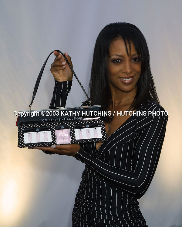"©2003 KATHY HUTCHINS / HUTCHINS PHOTO.RODEO DRIVE ""WALK OF STYLE"" HONORING GIORGIO ARMANI.BEVERLY HILLS, CA.SEPTEMBER 9, 2003..SHAUNE ROBINSON"