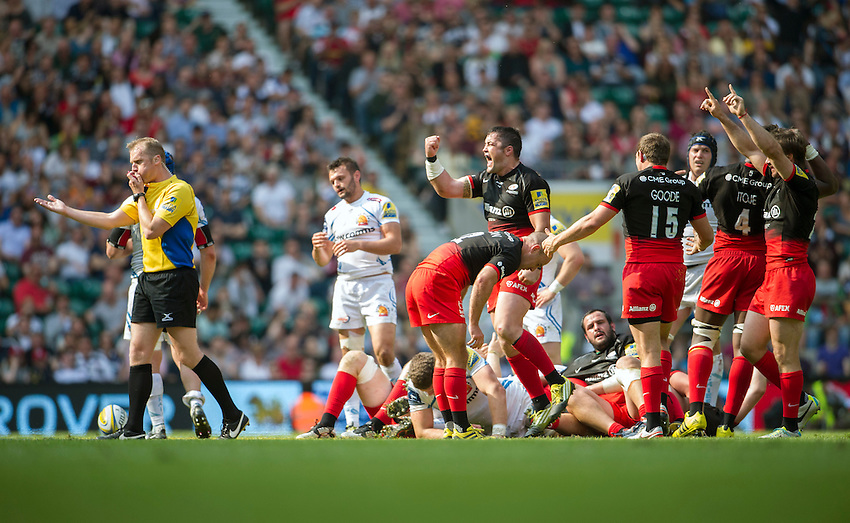 Referee Wayne Barnes blows for full time sparking celebrations amongst the Saracens players<br /> <br /> Photographer Ashley Western/CameraSport<br /> <br /> Rugby Union - Aviva Premiership Final - Saracens v Exeter Chiefs - Saturday 28th May 2016 - Twickenham Stadium, Twickenham, London  <br /> <br /> World Copyright &copy; 2016 CameraSport. All rights reserved. 43 Linden Ave. Countesthorpe. Leicester. England. LE8 5PG - Tel: +44 (0) 116 277 4147 - admin@camerasport.com - www.camerasport.com