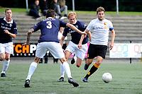HAREN , Voetbal,  Be Quick - Quick, Derde Divisie zondag seizoen 2017-2018, 17-09-2017, Daan Driever in duel met Sybren Bartlema en Joost de Gelder (l)