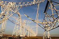 - CNR (Consiglio Nazionale delle Ricerche) radiotelescopio &quot;Croce del Nord&quot; a Medicina (Bologna), antenna di transito; il telescopio fa parte del progetto internazionale SETI (Ricerca di Intelligenza Extraterrestre)<br /> <br /> - CNR (National Research Council), radio telescope &quot; Cross of the North &quot; at Medicina ( Bologna, Italy ), transit antenna; the telescope is part of the international project SETI (Search for Extraterrestrial Intelligence)