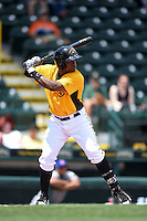Bradenton Marauders outfielder Barrett Barnes (27) at bat during a game against the St. Lucie Mets on April 12, 2015 at McKechnie Field in Bradenton, Florida.  Bradenton defeated St. Lucie 7-5.  (Mike Janes/Four Seam Images)