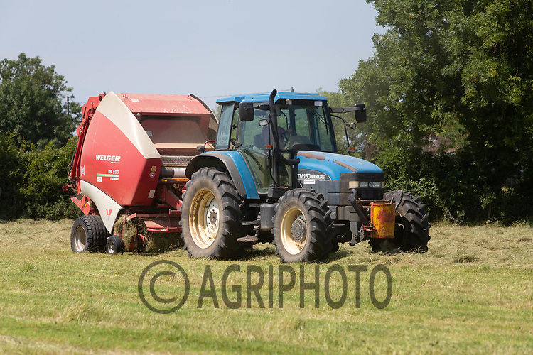 23.6.2020 Baling Haylage <br /> ©Tim Scrivener Photographer 07850 303986<br />      ....Covering Agriculture In The UK.