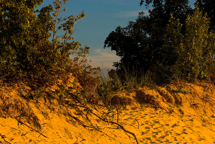 Images of the dune areas of northwest Indiana and southwest Michigan. Included are Indiana Dunes State Park, Indiana Dunes National Lakeshore, and from Michigan, Warren Dunes State Park, Grand Mere State Park, Van Buren, and the Saugatuck region.