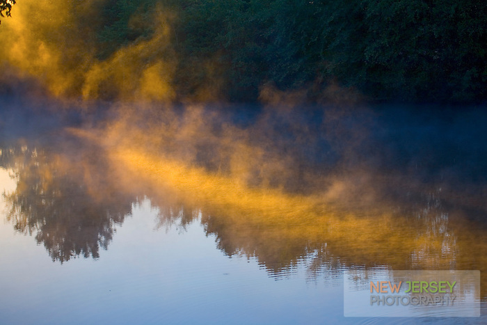 Sunlit morning Fog, Strawbridge Lake, Moorestown, New JerseySunlit morning Fog, Strawbridge Lake, Moorestown, New Jersey