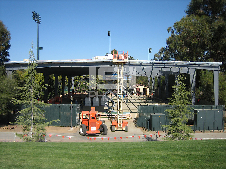 23 March 2007: Photographs of the batting cage facility construction at Sunken Diamond in Stanford, CA.