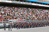 SAO PAULO, SP, 30.04.2014 - FORMATURA SOLDADOS DA POLICIA MILITAR - Formatura de 1990 soldados da Policia Militar do Estado de Sao Paulo na manha desta quarta-feira no Sambodromo do Anhembi na regiao norte da cidade de Sao Paulo. (foto: Vanessa Carvalho / Brazil Photo Press).