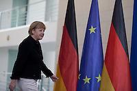 Bundeskanzlerin Angela Merkel (CDU) kommt am Mittwoch (17.09.14) in Berlin zum Empfang der Preistr&auml;gerinnen und Preistr&auml;ger des 49. Bundeswettbewerbs &quot;Jugend forscht&quot;.<br /> Foto: Axel Schmidt/CommonLens
