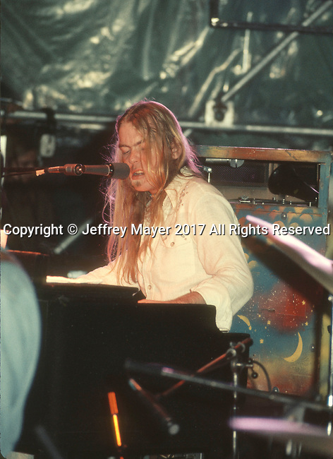 LOS ANGELES, CA - AUGUST 5: Gregg Allman live in concert with the Allman Brothers Band on August 5, 1974 in Los Angeles, California.