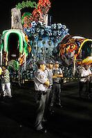 SAO PAULO, SP, 24 DE FEVEREIRO 2012 - CARNAVAL SP - PMS - Policiais militares reforçam a segurança do sambódromo do Anhembi antes do desfile das campeãs do Carnaval de São Paulo, na zona norte da capital, na noite desta sexta-feira. (FOTO: ALE VIANNA  - BRAZIL PHOTO PRESS).