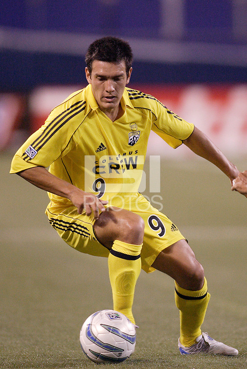 The Crew's Mario Rodriguez during first half action between the MetroStars and the Columbus Crew at Giant's Stadium, East Rutherford, NJ, on June 18, 2005.