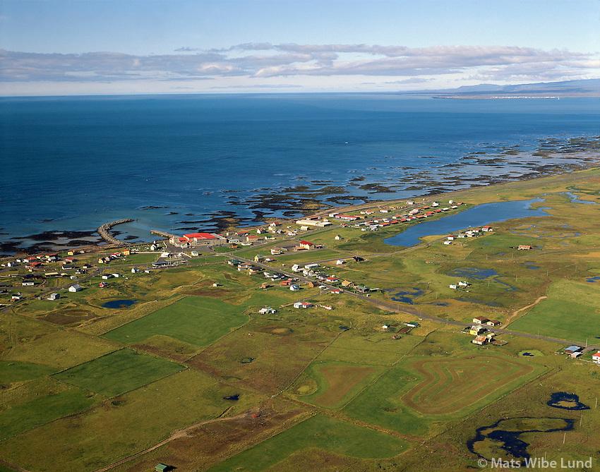 Stokkseyri viewing southwest over the sea. .Árborg frá 1998 / Arborg since 1998.