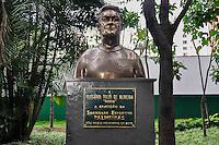 SÃO PAULO, SP, 07.11.2016 – FUTEBOL-PALMEIRAS - O ex jogador Dudu é homenageado com um busto nesta segunda (7) na sede social do Allianz Parque localizado na Barra Funda, zona oeste de São Paulo . (Foto: Renato Gizzi/Brazil Photo Press)