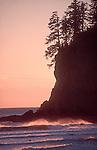 Surf kayaking, La Push, Olympic National Park, Olympic Peninsula, Washington State, Pacific Northwest, USA, Pacific Ocean.