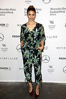 Kenya Kinski-Jones bei der Designer For Tomorrow by Fashion ID Show auf der Mercedes-Benz Fashion Week Berlin Spring/Summer 2018 im Kaufhaus Jandorf. Berlin, 06.07.2017