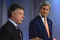 BOGOTÁ - COLOMBIA, 26-01-2013 Juan Manuel Santos, Presidente de Colombia, y John Kerry, Secretario de Estado de Estados Unidos, en rueda de prensa durante la visita de este segundo a Colombia hoy 12 de diciembre de 2014./ Juan Manuel Santos, President of Colombia, and John Kerry, US secretary of State during the press conference as  a part of the visit of the second one to Colombia today 12 December 2014. Photo: VizzorImage /  César Carrión - SIG / HANDOUT PICTURE; MANDATORY EDITORIAL USE ONLY/ NO MARKETING, NO SALES