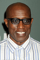 Wesley Snipes signiert seinen Roman 'Talon of God' bei Barnes & Noble Tribeca. New York, 25.07.2017