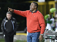 BOGOTÁ -COLOMBIA, 30-09-2018: Hubert Bodhert técnico de Once Caldas gesticula durante partido contra La Equidad por la fecha 12 de la Liga Águila II 2018 jugado en el estadio Metropolitano de Techo de la ciudad de Bogotá. / Hubert Bodhert coach of Once Caldas gestures during match against La Equidad for the date 12 of the Aguila League II 2018 played at Metropolitano de Techo stadium in Bogotá city. Photo: VizzorImage/ Gabriel Aponte / Staff