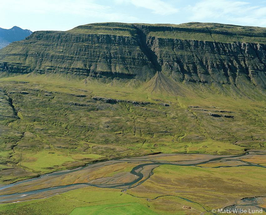 Dísastaðasel séð til suðvesturs, Breiðdalshreppur / Disastadasel viewing southwest, Breiddalshreppur.