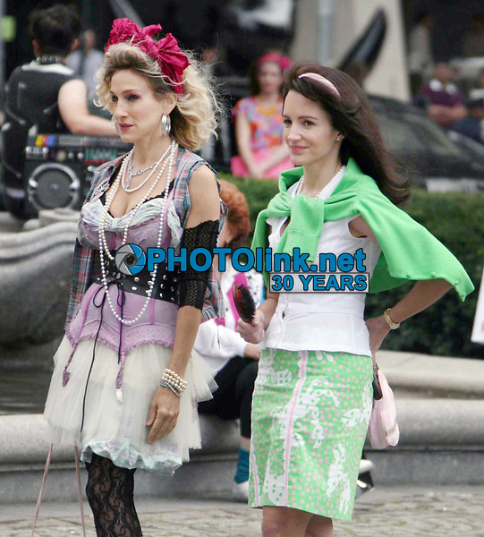 Sarah Jessica Parker & Kristin Davis filming ''Sex In The City 2'' 2009<br /> Photo By John Barrett/CelebrityArchaeology.com