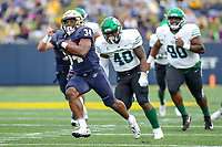 Annapolis, MD - October 26, 2019: Navy Midshipmen fullback Jamale Carothers (34) runs for a touchdown during the game between Tulane and Navy at  Navy-Marine Corps Memorial Stadium in Annapolis, MD.   (Photo by Elliott Brown/Media Images International)