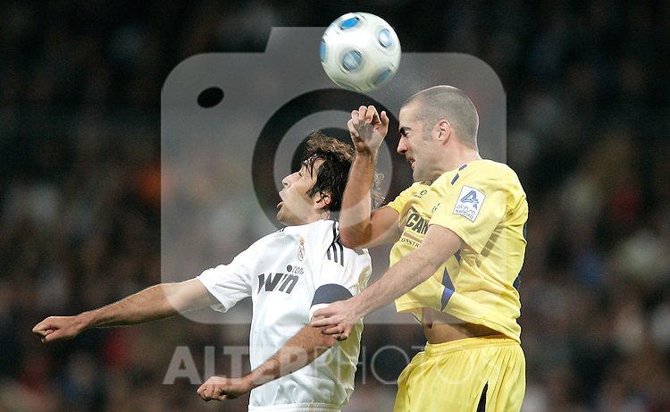 Real Madrid's Raul during King's Cup match. November 10, 2009. (ALTERPHOTOS/Alvaro Hernandez).