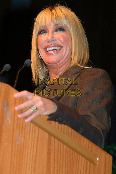 "SUZANNE SOMERS.Suzanne Somers shares her expertise on menopause and excerpts from her book ""The Sexy Years"" during the Total Balance Show at the Hamilton Convention Centre, Hamilton, Ontario, Canada, 14 October 2006..half length speaking microphone.Ref: ADM/BP.www.capitalpictures.com.sales@capitalpictures.com.©Brent Perniac/AdMedia/Capital Pictures."