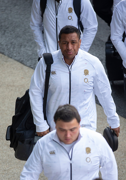 England's Mako Vunipola arrives at the ground<br /> <br /> Photographer Bob Bradford/CameraSport<br /> <br /> Guinness Six Nations Championship - England v France - Sunday 10th February 2019 - Twickenham Stadium - London<br /> <br /> World Copyright &copy; 2019 CameraSport. All rights reserved. 43 Linden Ave. Countesthorpe. Leicester. England. LE8 5PG - Tel: +44 (0) 116 277 4147 - admin@camerasport.com - www.camerasport.com